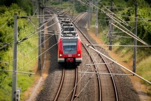 Zug und Busfahplaene